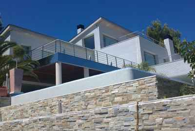 Amazing house with a swimming pool 30 min from Barcelona